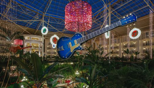 Gaylord Opryland Adds Half-a-million More Lights to A Country Christmas Celebration